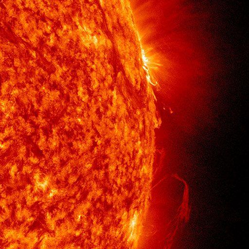 Katharina Sieverding: »Die Sonne um Mitternacht schauen SDO/NASA«, 2017