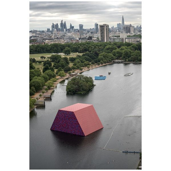»The London Mastaba, 2018« von Christo, Motiv Nr. 05